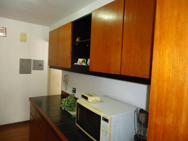 Apartamento Distrito Metropolitano>Caracas>Terrazas del Avila - Venta:261.000.000 Bolivares Fuertes - codigo: 16-9471