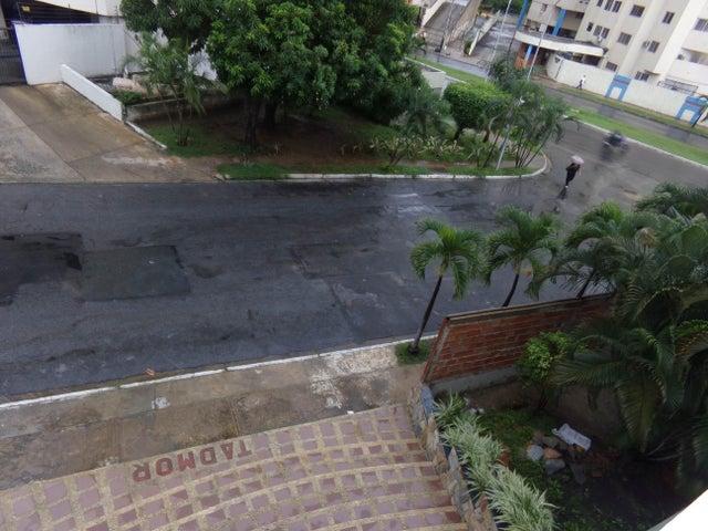 Apartamento Carabobo>Valencia>Los Mangos - Venta:0  - codigo: 16-9489
