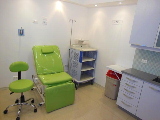 Consultorio Medico  Distrito Metropolitano>Caracas>San Bernardino - Venta:51.000 Precio Referencial - codigo: 16-9524