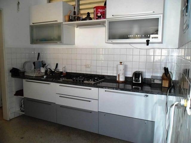 Apartamento Distrito Metropolitano>Caracas>Chacao - Venta:11.000.000.000 Bolivares Fuertes - codigo: 16-9706