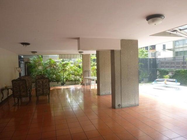 Apartamento Distrito Metropolitano>Caracas>Chuao - Venta:33.838.000.000 Bolivares Fuertes - codigo: 16-9817