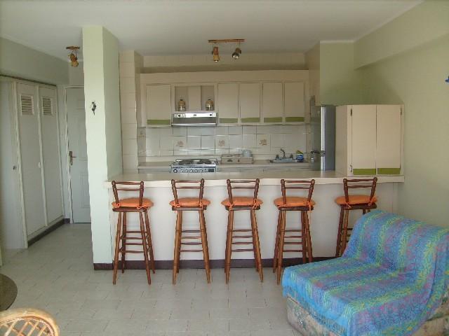 Apartamento Vargas>Parroquia Caraballeda>Caribe - Venta:6.922.000.000 Bolivares Fuertes - codigo: 16-9652
