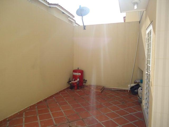 Casa Lara>Cabudare>Parroquia Cabudare - Venta:27.692.000.000 Bolivares - codigo: 16-9615