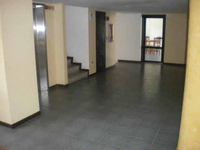 Apartamento Vargas>Parroquia Caraballeda>Caribe - Venta:13.579.000.000 Bolivares Fuertes - codigo: 16-9769