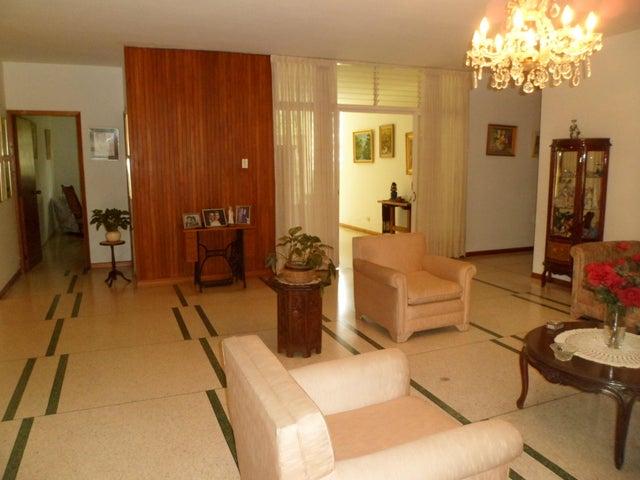 Casa Distrito Metropolitano>Caracas>Prados del Este - Venta:372.729.000.000 Precio Referencial - codigo: 16-9739