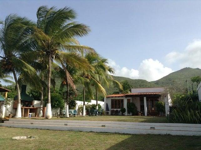 Casa Nueva Esparta>Margarita>Playa El Agua - Venta:44.999.000.000 Bolivares - codigo: 16-9762