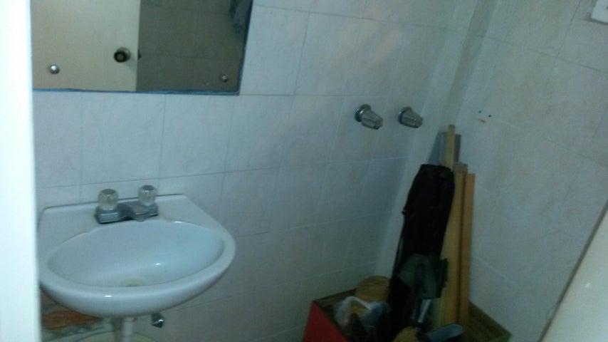 Casa Aragua>Maracay>El Castaño - Venta:45.117.000.000 Bolivares - codigo: 16-9771