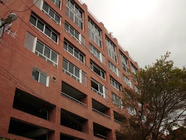 Apartamento Distrito Metropolitano>Caracas>El Peñon - Venta:300.000 US Dollar - codigo: 16-9799