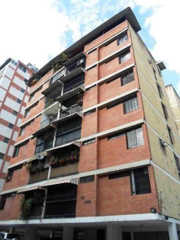 Apartamento Distrito Metropolitano>Caracas>El Marques - Venta:14.100.000.000 Bolivares Fuertes - codigo: 16-9818