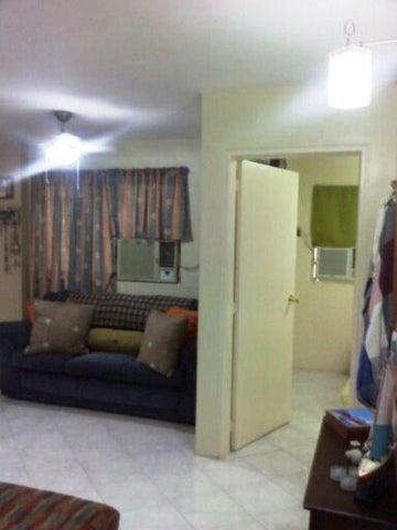 Apartamento Miranda>Higuerote>La Costanera - Venta:12.827.000.000 Precio Referencial - codigo: 16-9892