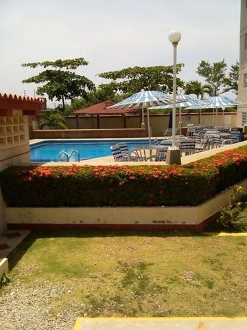 Apartamento Miranda>Higuerote>La Costanera - Venta:4.655.000.000 Bolivares Fuertes - codigo: 16-9892