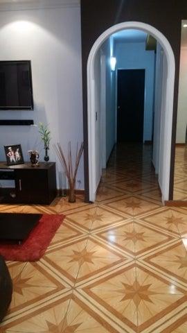 Apartamento Distrito Metropolitano>Caracas>El Paraiso - Venta:19.237.000.000 Bolivares Fuertes - codigo: 16-10455