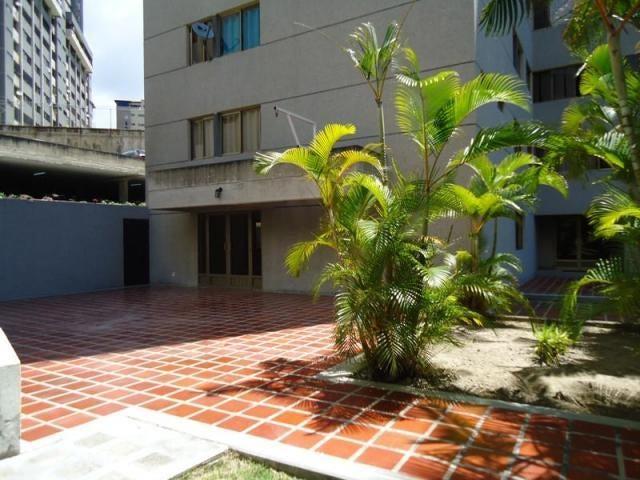 Apartamento Distrito Metropolitano>Caracas>Terrazas del Avila - Venta:61.073.000.000 Precio Referencial - codigo: 16-10458