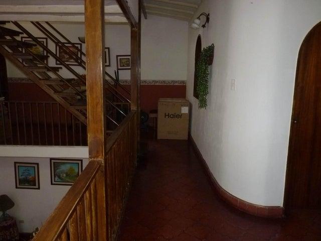 Casa Aragua>Maracay>El Limon - Venta:6.790.000.000 Bolivares - codigo: 16-9940