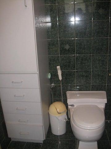 Apartamento Distrito Metropolitano>Caracas>El Marques - Venta:13.535.000.000 Bolivares Fuertes - codigo: 16-9977