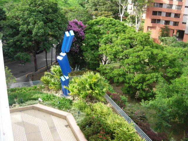 Apartamento Distrito Metropolitano>Caracas>Colinas de Valle Arriba - Venta:1.211.368.000.000 Precio Referencial - codigo: 16-10024