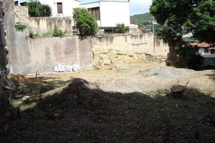 Terreno Distrito Metropolitano>Caracas>Prados del Este - Venta:127.097.000.000 Precio Referencial - codigo: 16-10079