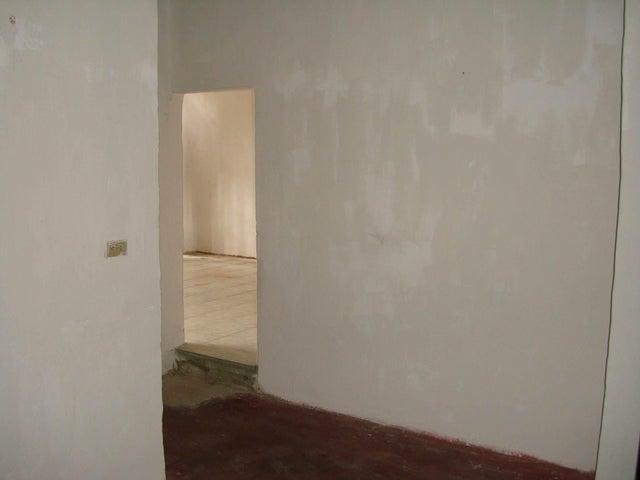 Casa Aragua>Maracay>13 de Enero - Venta:7.500.000 Bolivares - codigo: 16-10089