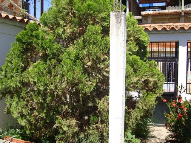 Casa Aragua>Santa Cruz de Aragua>Los Mangos - Venta:40.000.000 Bolivares - codigo: 16-10092
