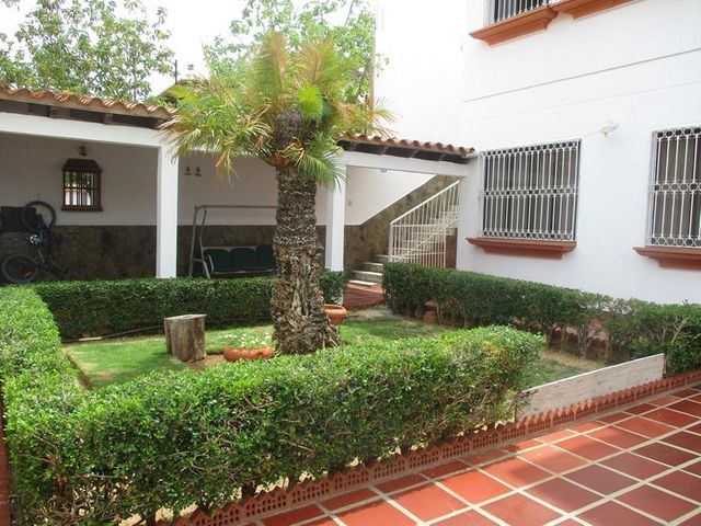 Casa Nueva Esparta>Margarita>Jorge Coll - Venta:30.550.000.000 Bolivares - codigo: 16-10099