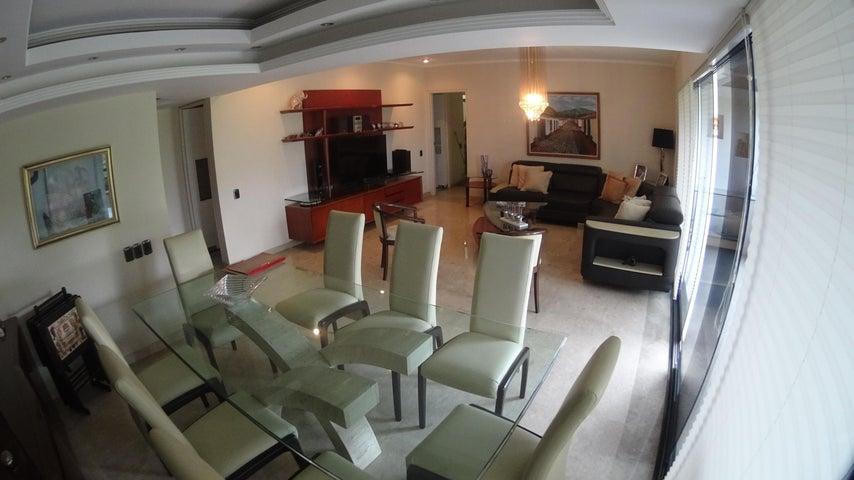 Apartamento Distrito Metropolitano>Caracas>Santa Fe Norte - Venta:450.000 Precio Referencial - codigo: 16-10133