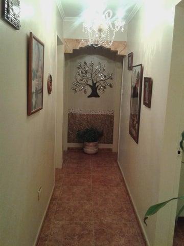Apartamento Miranda>San Antonio de los Altos>Las Minas - Venta:139.773.000.000 Precio Referencial - codigo: 16-10359