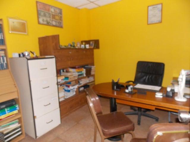 Oficina Falcon>Punto Fijo>Punto Fijo - Venta:6.800.000 Bolivares - codigo: 16-10230
