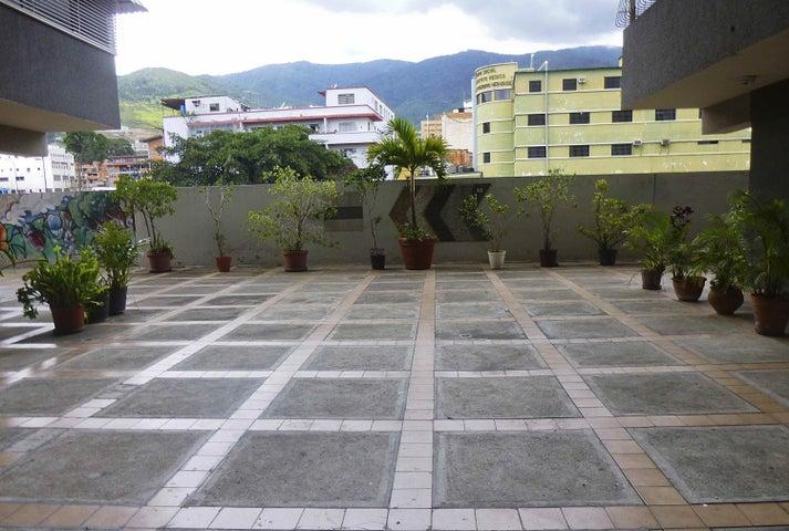 Apartamento Distrito Metropolitano>Caracas>Parroquia San Jose - Venta:15.000.000.000 Bolivares Fuertes - codigo: 16-11672