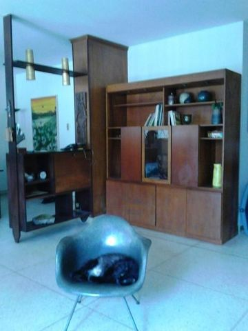 Casa Distrito Metropolitano>Caracas>La California Sur - Venta:88.555.000.000 Precio Referencial - codigo: 16-10293