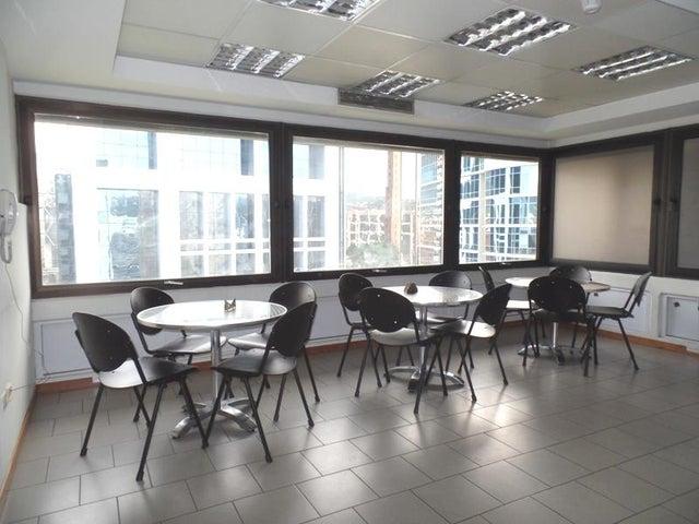 Oficina Distrito Metropolitano>Caracas>El Rosal - Venta:122.098.000 Precio Referencial - codigo: 16-13956