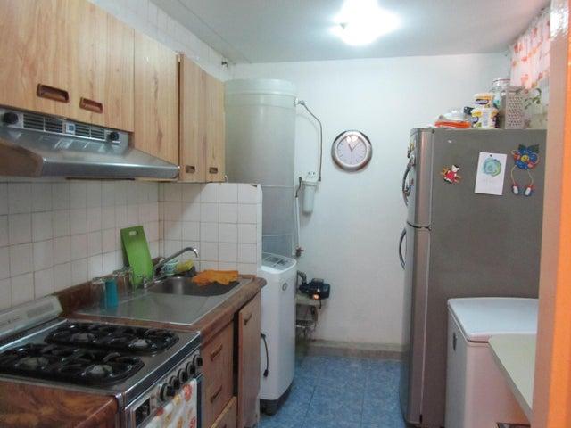 Apartamento Miranda>Charallave>Arichuna - Venta:15.887.000.000 Precio Referencial - codigo: 16-10353