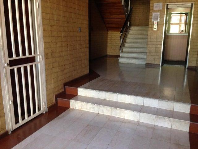 Apartamento Nueva Esparta>Margarita>Porlamar - Venta:1.957.000.000 Bolivares Fuertes - codigo: 16-10471