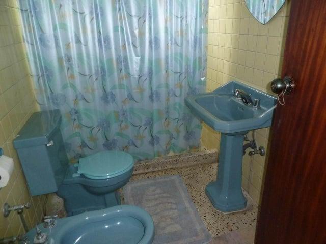 Apartamento Distrito Metropolitano>Caracas>Colinas de Los Caobos - Venta:35.409.000.000 Precio Referencial - codigo: 16-10477