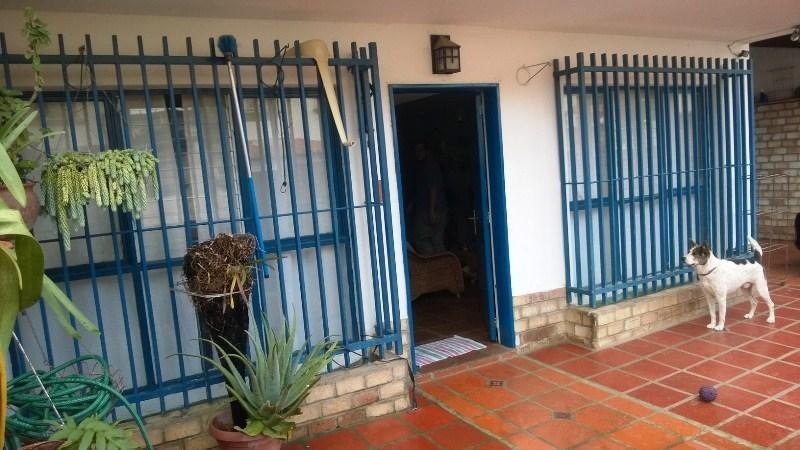 Casa Distrito Metropolitano>Caracas>Alto Prado - Venta:167.728.000.000 Precio Referencial - codigo: 16-10490
