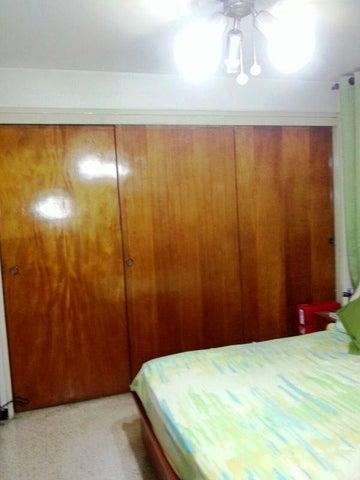 Apartamento Distrito Metropolitano>Caracas>El Paraiso - Venta:88.523.000.000 Precio Referencial - codigo: 16-10521