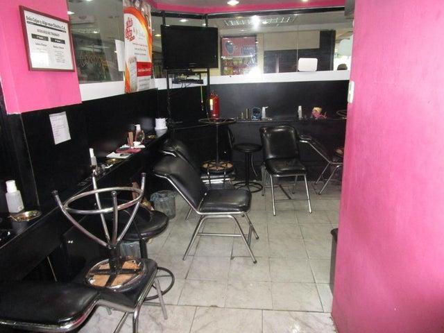 Local Comercial Zulia>Maracaibo>Padilla - Venta:4.000.000.000 Bolivares - codigo: 16-10531