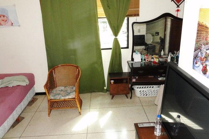 Apartamento Distrito Metropolitano>Caracas>Los Palos Grandes - Venta:10.128.000 Precio Referencial - codigo: 16-10552