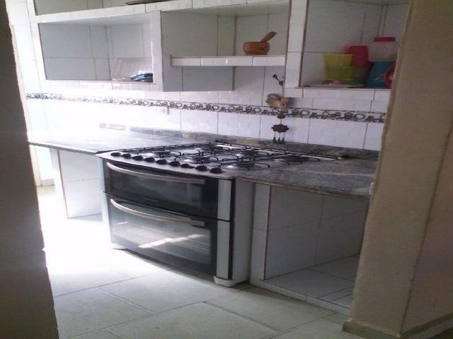 Townhouse Miranda>Municipio Autonomo Rafael Urdaneta>Parque Residencial Villa Falcon - Venta:4.526.000.000 Bolivares - codigo: 16-10579