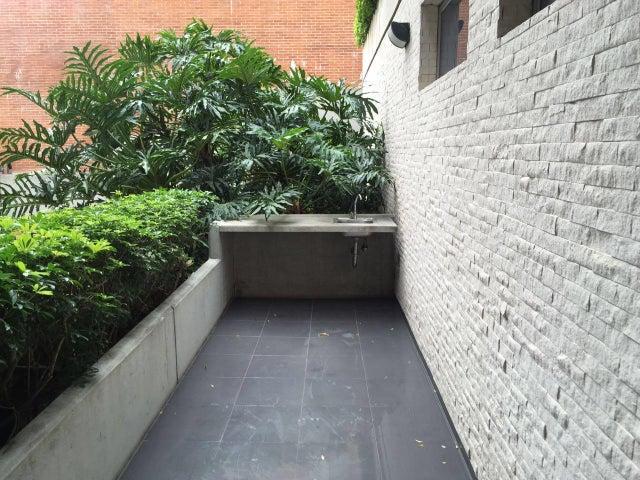 Apartamento Distrito Metropolitano>Caracas>Solar del Hatillo - Venta:242.638.000.000 Precio Referencial - codigo: 16-10583
