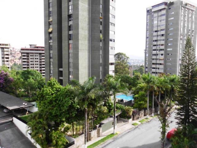 Apartamento Distrito Metropolitano>Caracas>Terrazas del Avila - Venta:105.000 Precio Referencial - codigo: 16-10580