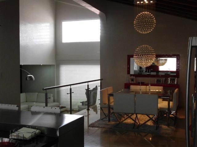 Casa Lara>Barquisimeto>El Parral - Venta:115.363.000.000 Bolivares - codigo: 16-10588