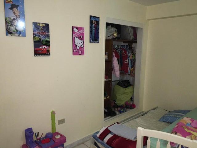 Apartamento Falcon>Punto Fijo>Santa Irene - Venta:1.381.000.000 Bolivares Fuertes - codigo: 16-10718
