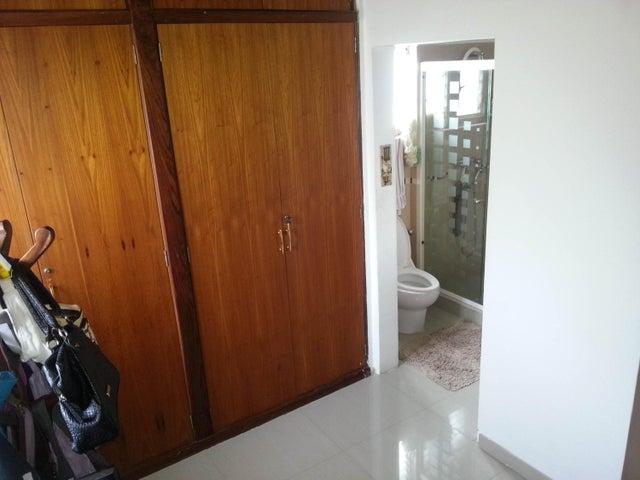Casa Distrito Metropolitano>Caracas>Macaracuay - Venta:135.791.000.000 Bolivares - codigo: 16-10748