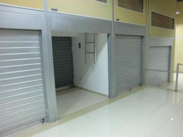 Local Comercial Zulia>Maracaibo>Centro - Venta:30.000.000 Bolivares - codigo: 16-4379