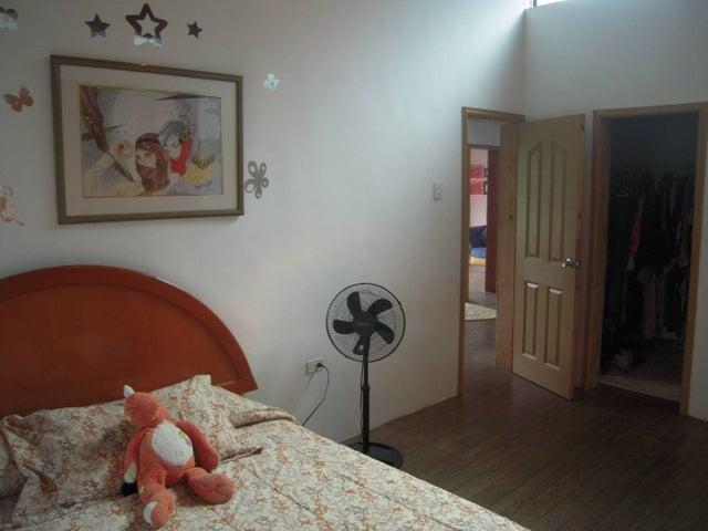 Casa Distrito Metropolitano>Caracas>Sabaneta - Venta:24.429.000.000 Precio Referencial - codigo: 16-10762