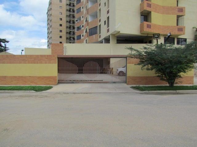 Apartamento Carabobo>Municipio Naguanagua>Palma Real - Venta:18.636.000.000 Precio Referencial - codigo: 16-10808