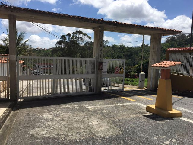 Terreno Miranda>San Antonio de los Altos>San Juan - Venta:221.595.000.000 Precio Referencial - codigo: 16-10828