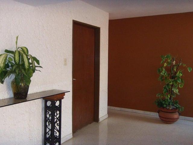Apartamento Zulia>Maracaibo>Valle Frio - Venta:6.000.000 Bolivares Fuertes - codigo: 16-7463