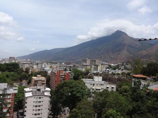 Casa Distrito Metropolitano>Caracas>El Marques - Venta:285.579.000.000 Precio Referencial - codigo: 16-10868