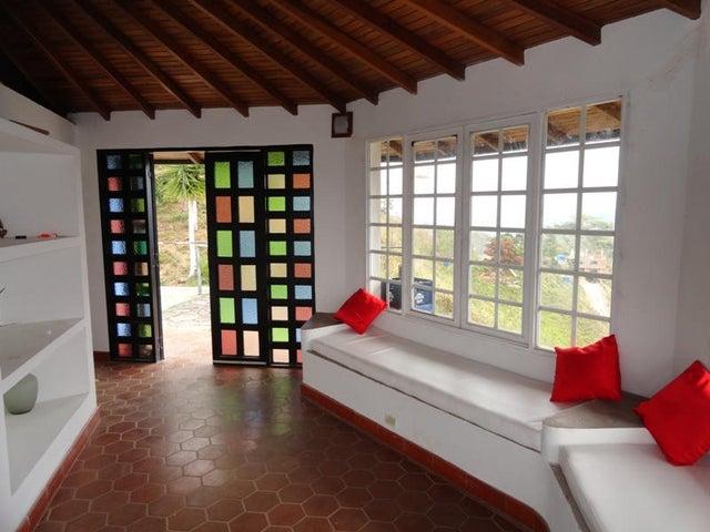 Casa Distrito Metropolitano>Caracas>Sabaneta - Venta:2.000.000.000 Bolivares - codigo: 16-10891